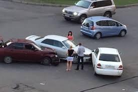 Попали в аварию? Ущербу понадобится оценка