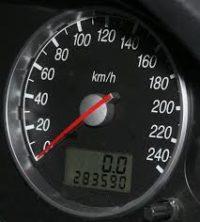 Установление скорости автомобиля с обеих сторон ДТП
